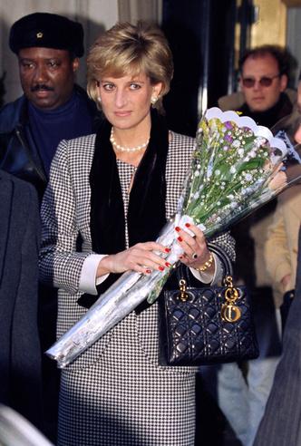 Фото №3 - История одной сумки: Lady Dior и ее связь с леди Ди
