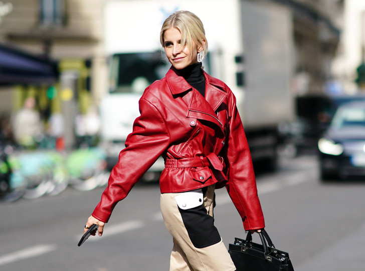 Фото №1 - От алого до бордо: как носить красный цвет повседневно