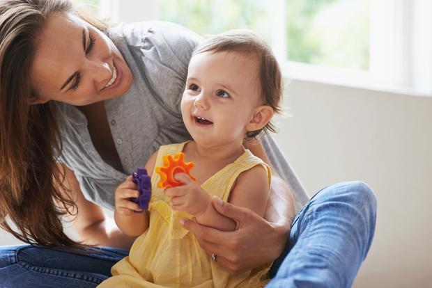 Фото №2 - Вместо бабушки: как найти идеальную няню