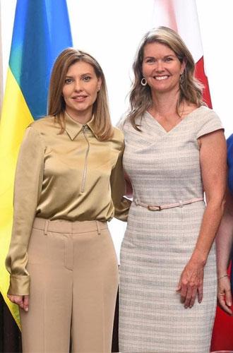 Фото №13 - Выбор первой леди: какие модные бренды любит Елена Зеленская