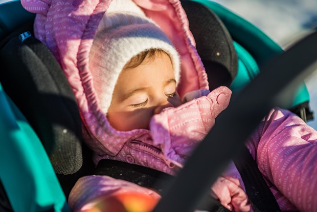Фото №1 - Сон ребенка на балконе в морозную погоду: за и против
