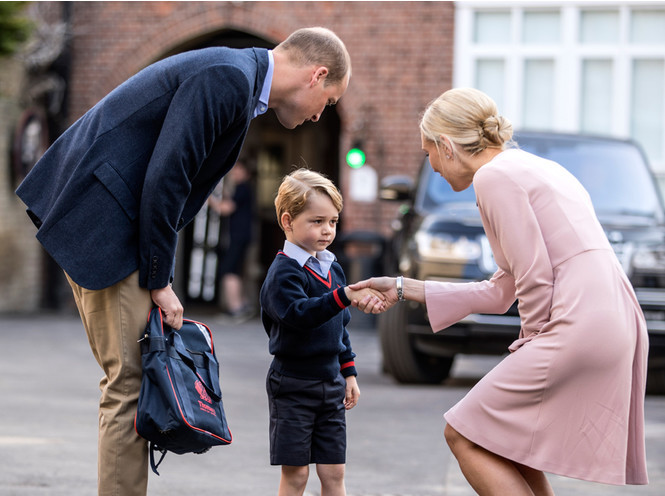 Фото №2 - Почему принц Джордж опять идет в первый класс