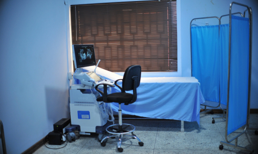 Фото №1 - В фонде ОМС рассказали, каких пациентов с COVID-19 надо госпитализировать