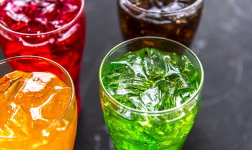 Фото №1 - Врачи считают, что «детское шампанское» может спровоцировать алкоголизм и ожирение