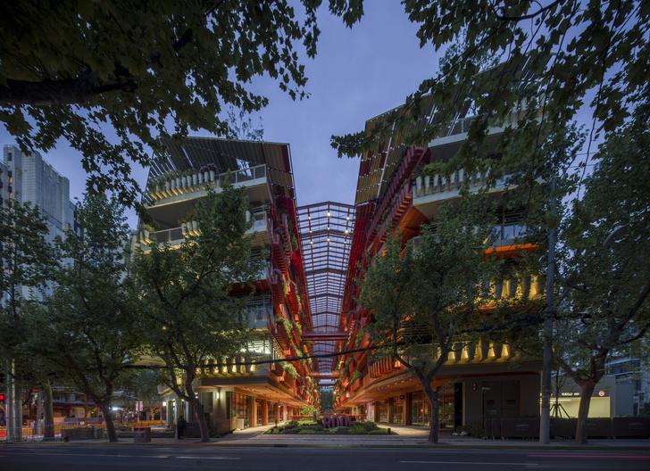 Фото №3 - Коммерческое здание по проекту Жана Нувеля в Шанхае