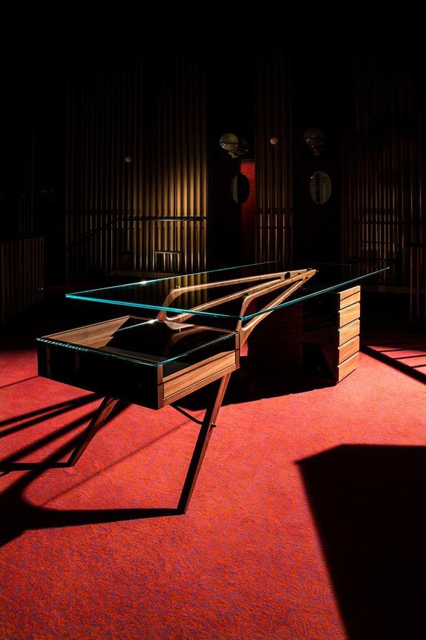 Фото №4 - Коллекция мебели по проекту Карло Моллино от Zanotta