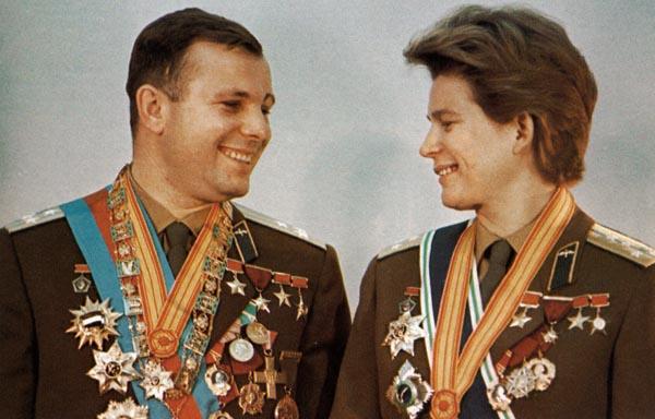 Фото №1 - Терешкова остается на орбите