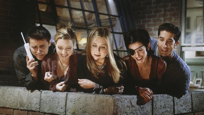 Фото №1 - Тест: узнай, на какую сериальную дружбу похожа твоя