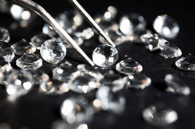 Фото №1 - Криминальный талант Дорис Пейн: всю жизнь воровала бриллианты, а попалась на краже продуктов