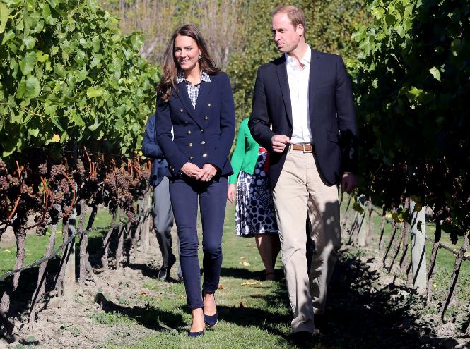 Фото №8 - Принцесса масс-маркета: как герцогиня Кейт носит одежду бюджетных брендов