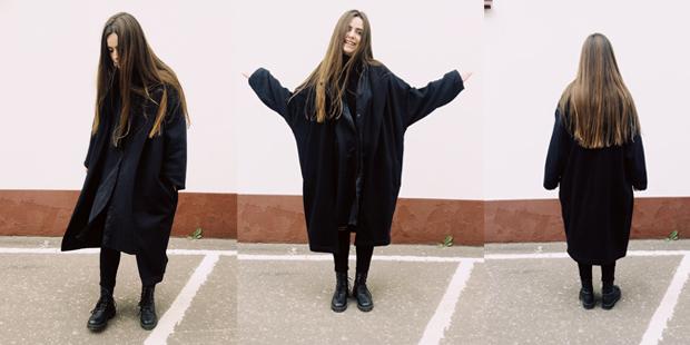 Пальто: Asos (мужской отдел), рубашка: Monki, водолазка: Zara, джинсы: Topshop, ботинки: H&M, сережки: Sunlight