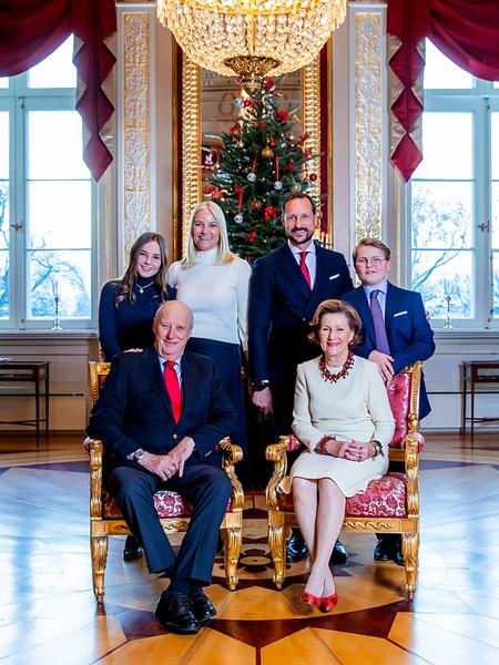 Фото №7 - Самые удачные (и долгожданные) рождественские королевские открытки 2018 года