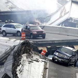 Фото №1 - В США обрушился мост