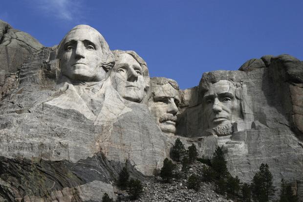 Фото №1 - Как выглядела гора Рашмор до того, как на ней появились четыре президента