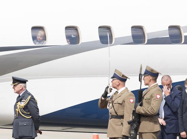 Фото №11 - Мама, ну идем же: принцессе Шарлотте не терпелось покинуть Польшу