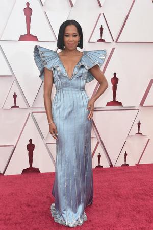 Фото №8 - «Оскар-2021»: лучшие образы церемонии награждения