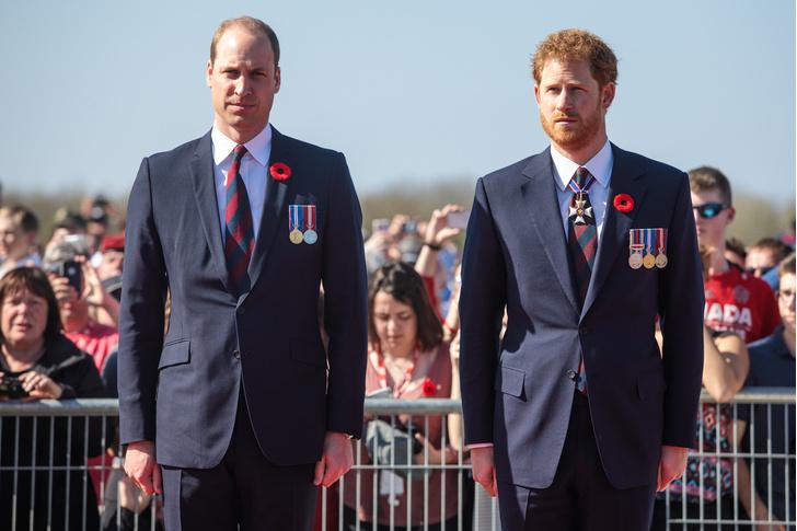 Фото №2 - Новая ссора: принц Уильям воспротивился решению Меган Маркл крестить малышку Лилибет в Великобритании