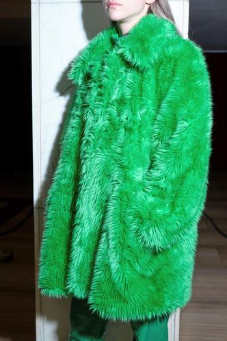 Фото №86 - Полный гид по самой модной верхней одежде на осень и зиму 2021/22