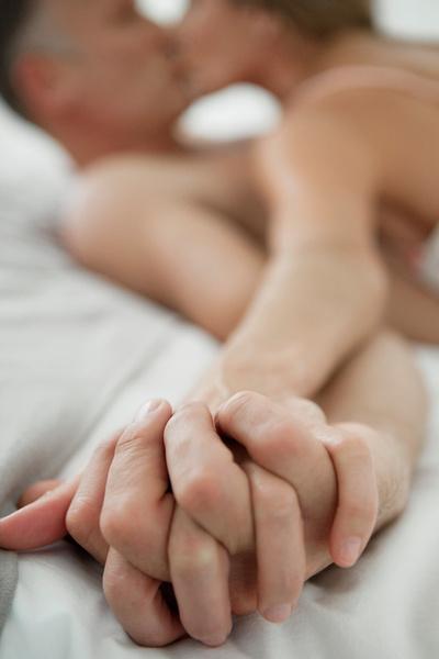 Фото №3 - Неравный брак: что делать, если разница в возрасте мешает сексу