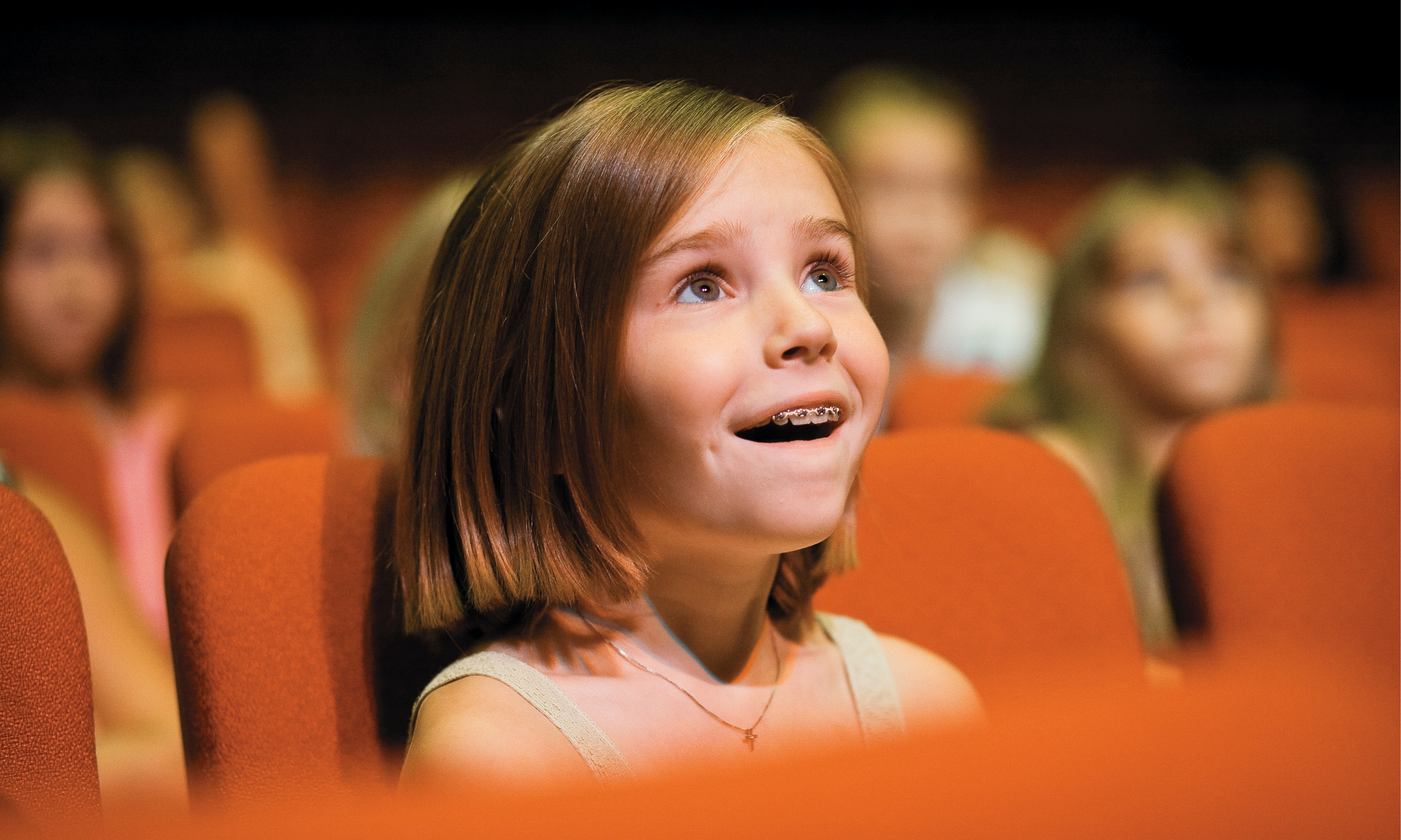 В Минкульте рассказали, когда разрешат ходить с детьми в театры