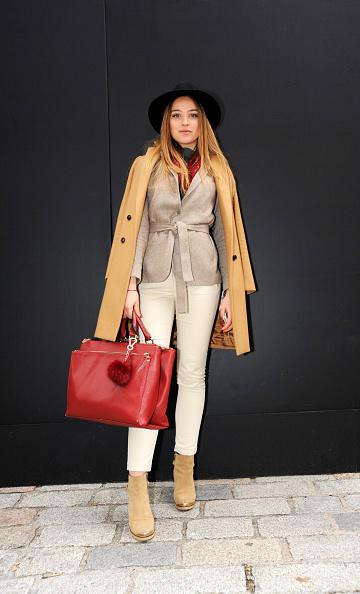 В одежде масс-маркет можно выглядеть недорого, но очень стильно. Часто ее носят и знаменитости